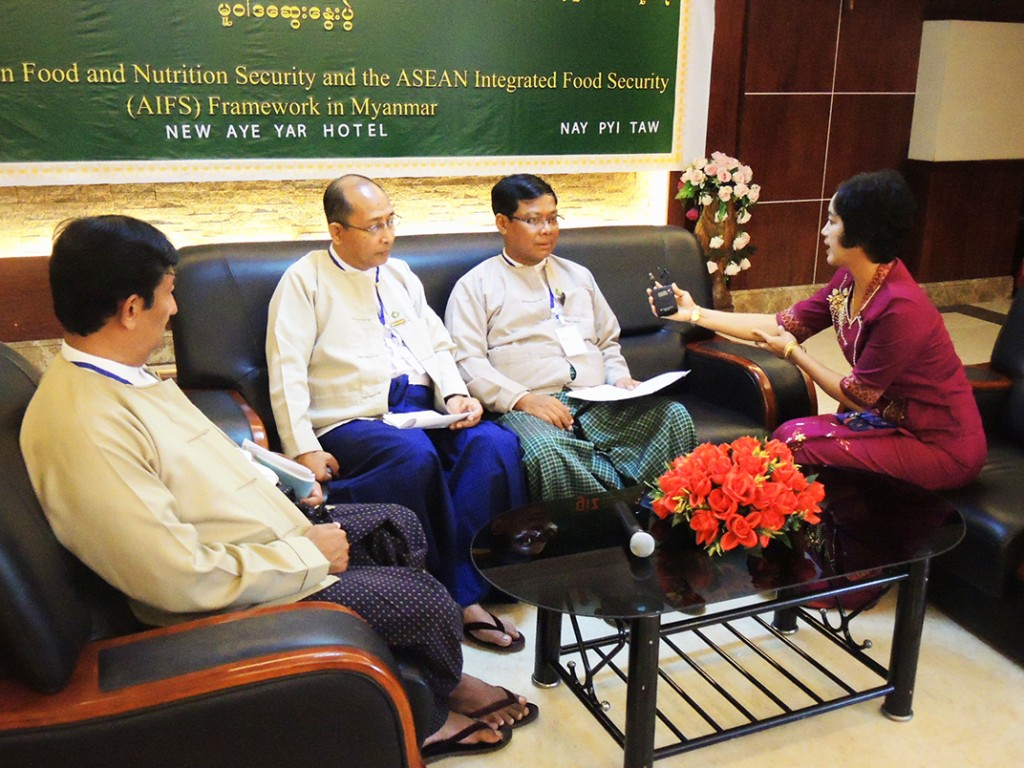 (From left) U Soe Win, Director of Land Use Division, U Aung Kyaw Oo, Director of Plant Protection Division and U Naing Kyi Win, Deputy Director-General of Department of Agriculture, Myanmar give an interview about the Policy Dialogue to a journalist from Farmer Channel.