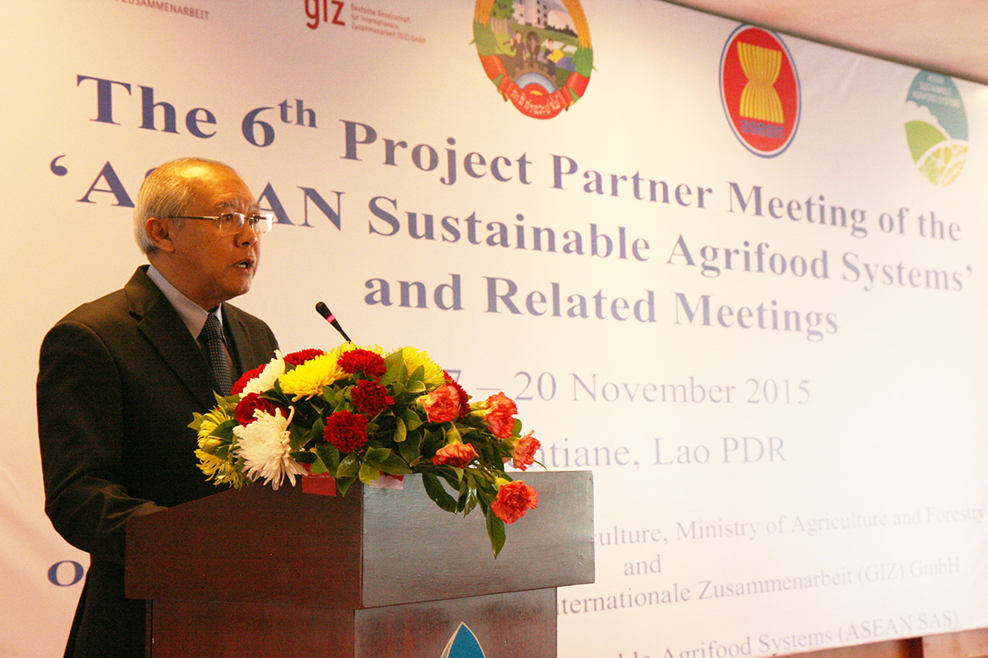 Mr. Xaypladeth Choulamany, Director General of the Department of Planning and Cooperation (2)