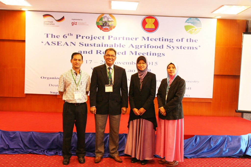 Delegates from Malaysia at the ASEAN SAS's 6th Project Partner Meeting and related meetings in Lao PDR, November 2015.