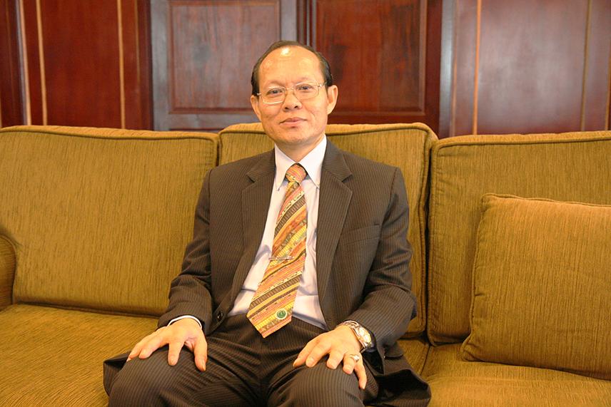 Mr.Khamtanh Thadavong
