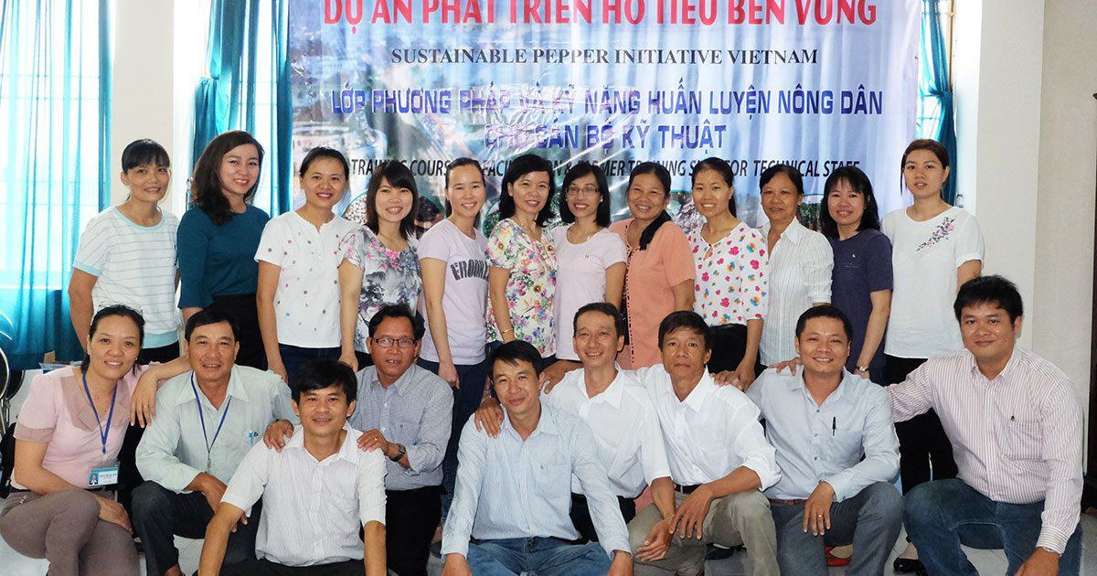 Vietnamese technical officers get confidence boosted in delivering sustainable pepper production