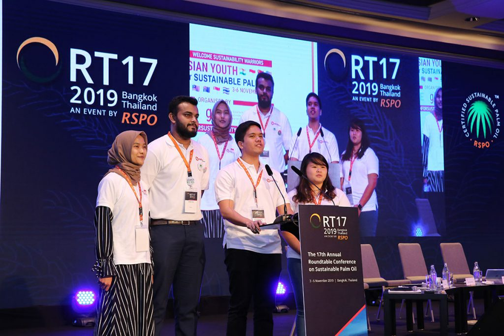 The Asian Youth Delegation gathers for the summit in Bangkok ahead of to the RSPO's annual Roundtable Conference (RT17) to highlight the urgency for big businesses to act now. (Photo credit: RSPO)