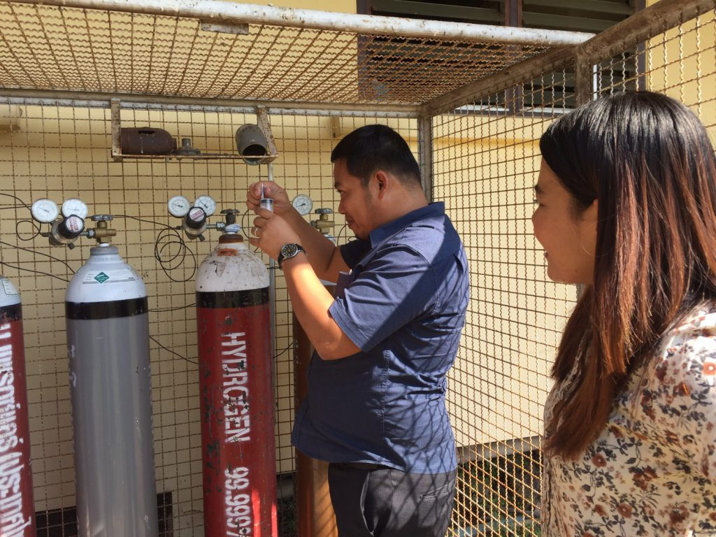 The gas chromatograph at Prachin Buri Rice Research Center has also been replaced with a new one. (Photo credit: GIZ Thailand)