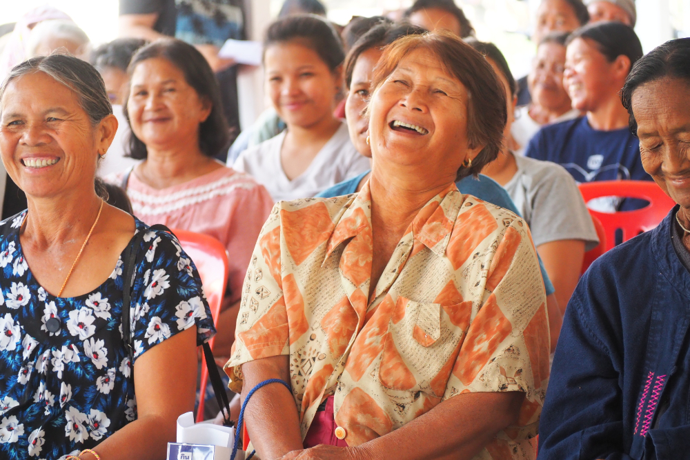 Farmers laugh during the meeting with Olam International and the Deutsche Gesellschaft fur Internationale Zusammenarbeit (GIZ) Thailand. (Photo credit: GIZ Thailand)