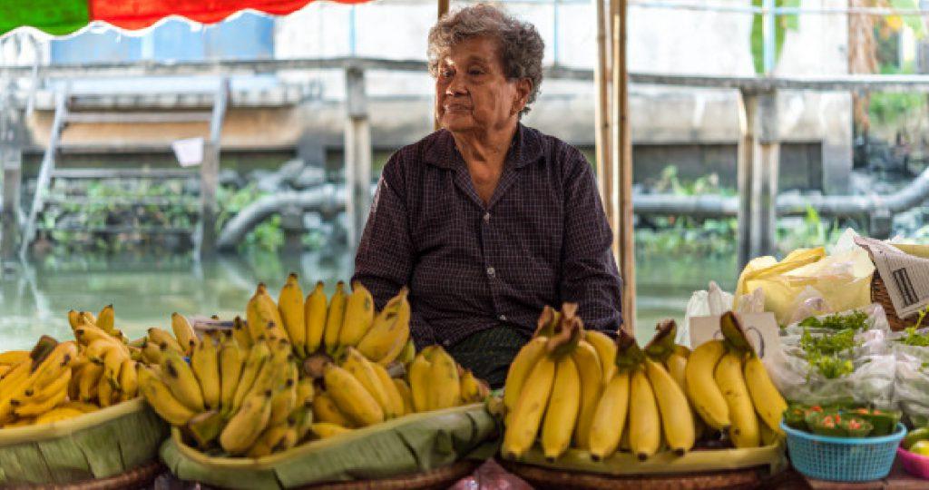 กล้วยเป็นหนึ่งในผักและผลไม้ที่ถูกคัดเลือกเพื่อใช้ในการวิเคราะห์ความเสี่ยงศัตรูพืช